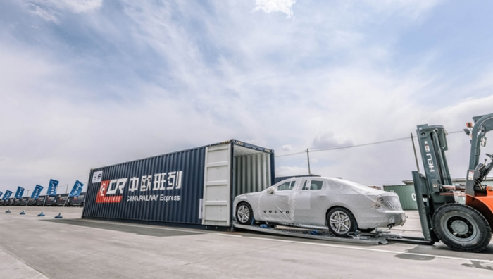 Les premières Volvo S90 Made in China arrivent en Europe