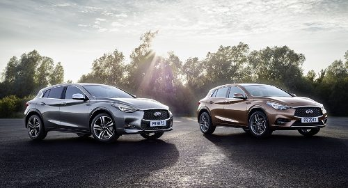 Infiniti Q30 2017 versions grise et brune